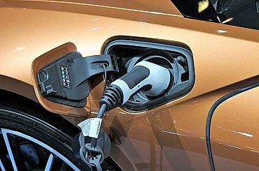 Nová metóda recyklácie batérií pre elektromobily využíva ultrazvukové vlny