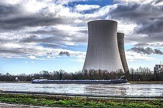 Japonsko poprvé od havárie ve Fukušimě spustilo jaderný reaktor starší 40 let