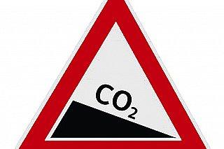 Timmermans: Intervence kvůli růst cen emisních povolenek by nebyla moudrá
