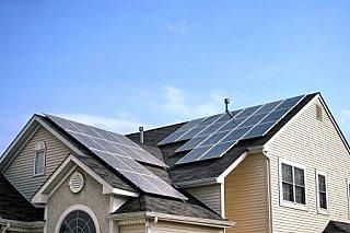 Berlín plánuje povinné solární systémy na střechách nových i stávajících budov